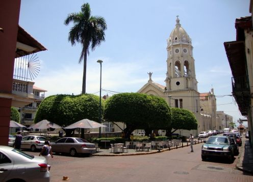 Bolivar Square, Panama City