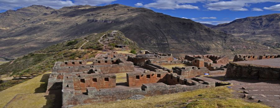 The citadel of Pisac.  Cusco - PERU