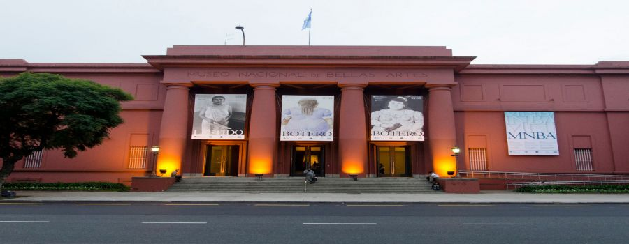 MORE PHOTOS,