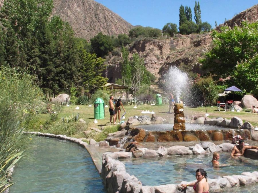 Hot Springs of Cacheuta, Mendoza. Argentina. what to do, how to get there, what to see Mendoza, ARGENTINA