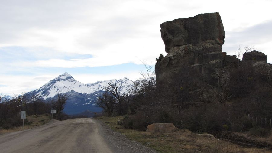 Milodon Cave, Guide to Attractions and National Parks in Puerto Natales. Puerto Natales, CHILE
