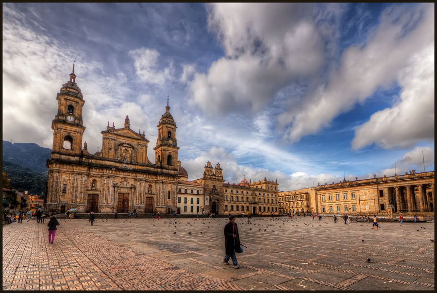 Bolivar Square, Botota. Colombia. Guide of attractions of Bogota. what to see, what to do, tour, reservations Bogota, COLOMBIA