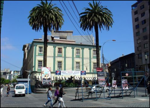 Anibal Pinto Square in Valparaiso