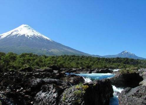 EXCURSION TO OSORNO VOLCANO & PETROHUE. , CHILE