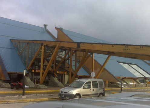 Suttle from Ushuaia Airport to Hotel
