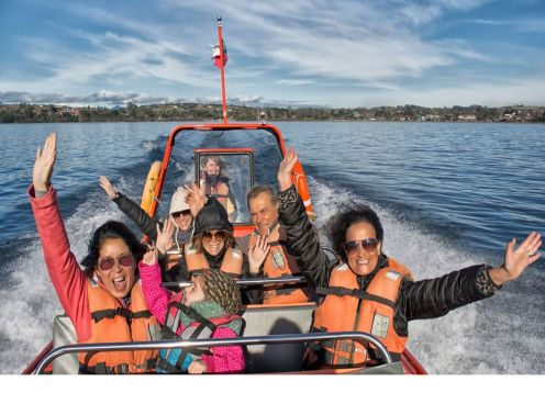 Speedboat City Tour. Puerto Varas, CHILE