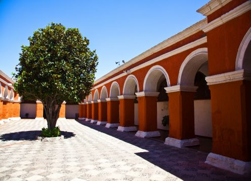 CITY TOUR AND SANTA CATALINA MONASTERY