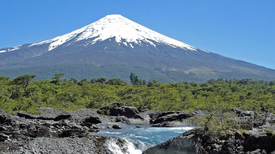 MORE PHOTOS, EXCURSION TO OSORNO VOLCANO & PETROHUE