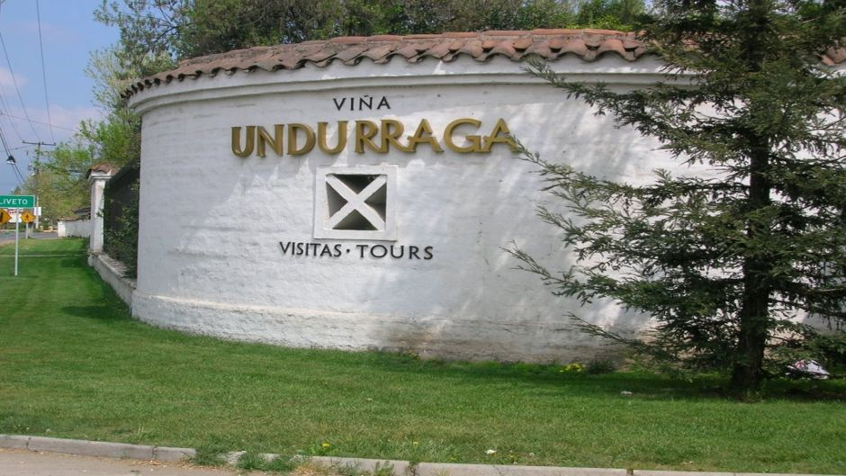 MORE PHOTOS, WINE TOUR UNDURRAGA