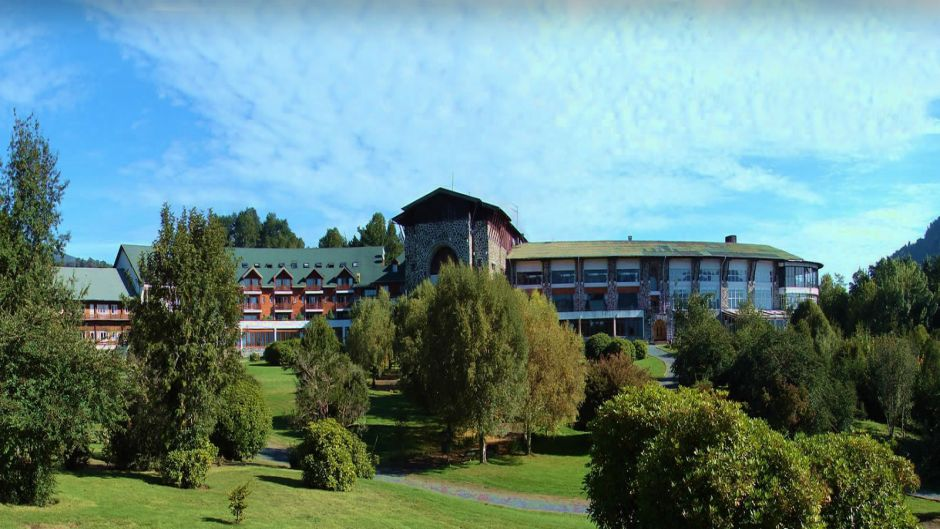 TOUR PUYEHUE PARK  AND HOT SPRING, PUERTO VARAS - Puerto Varas, Chile