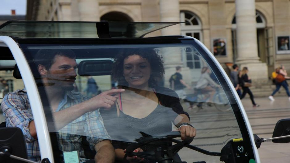 MORE PHOTOS, Bordeaux, obligatory visits in electric vehicle
