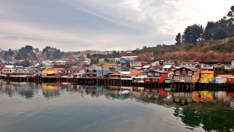 TRANSFER IN + PEULLA  NAVEGATION + TOUR TO CHILOE + TRANSFER OUT - Puerto Varas, Chile