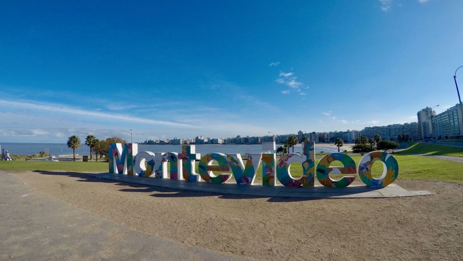 Full Day Trip Montevideo - Uruguay, from Buenos Aires - Buenos Aires, ARGENTINA