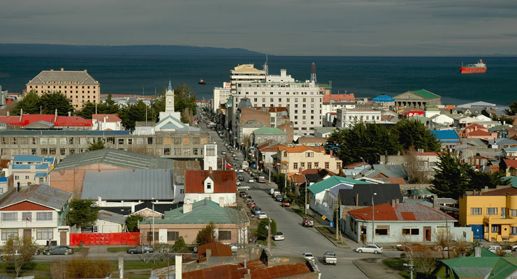 D�A 2: PUNTA ARENAS AND PINGUINS